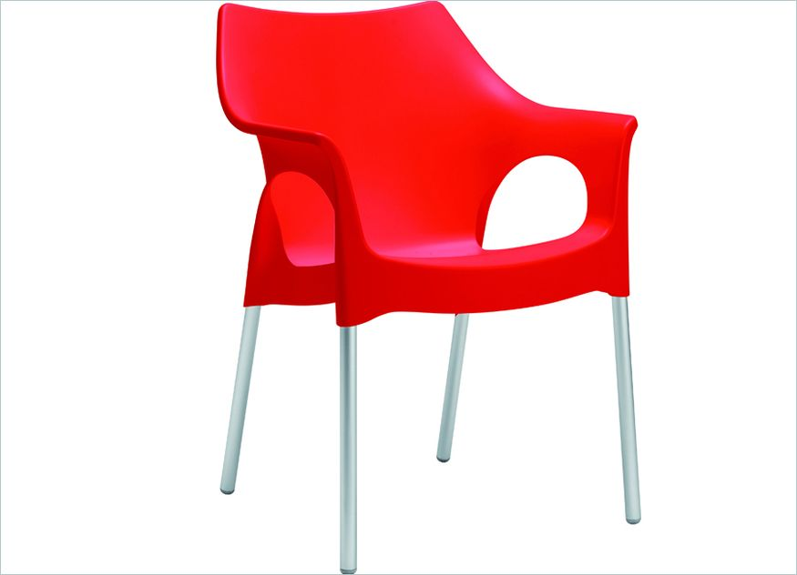 Der Stuhl Borneo besticht durch seine kräftigen Farben, wie hier in rot