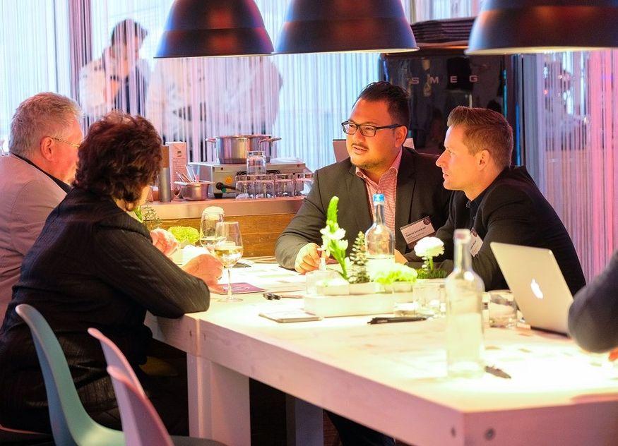 Intergastra Pitch & Meet Gespräch Networking Gründer