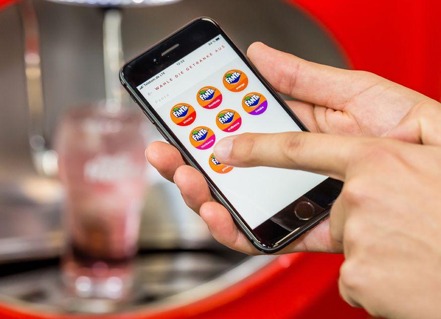 Coca-Cola Freestyle Automat Deutschland Getränke Variationen per App individuell mischen