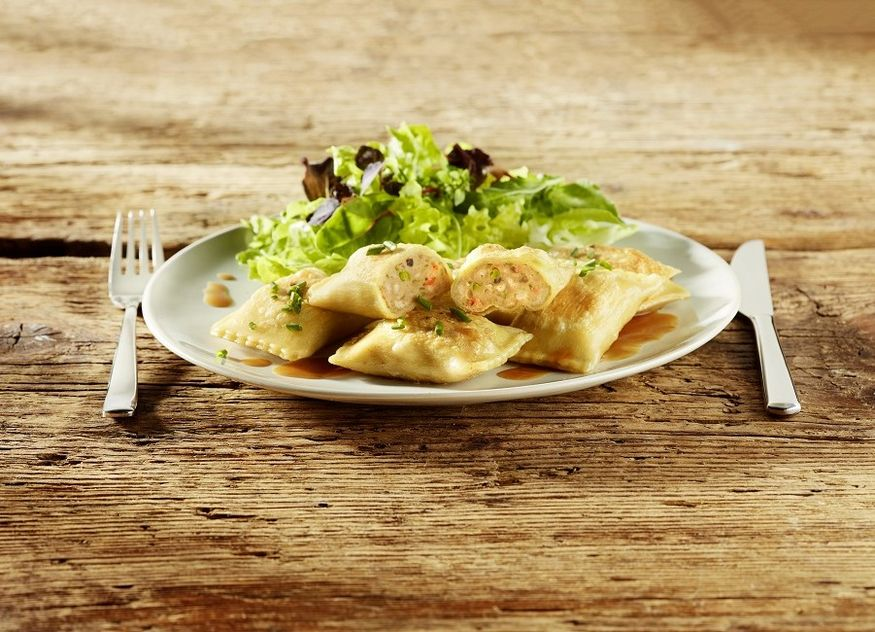 Bürger Profiküche Anuga Maultasche Huhn Hahn Neuprodukt Gastro Gastronomie
