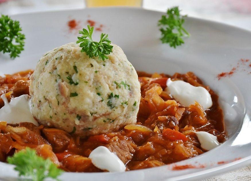 Knödel Klöße deutsche Küche