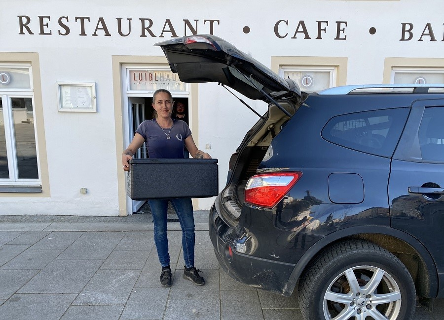 Luibl Eggenfelden Lieferung Box Auto