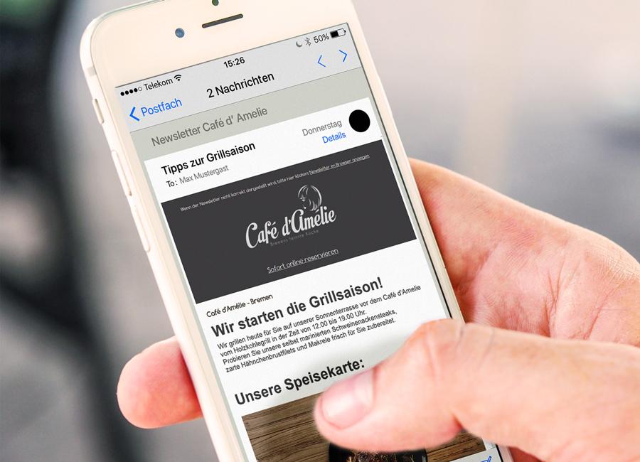 Beispielsweise durch einen Newsletter können Gäste immer informiert bleiben und diesen ganz bequem mit dem Handy von überall aus abrufen