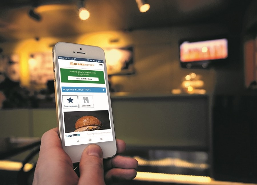 Smartphone Hand Restaurant Beventio