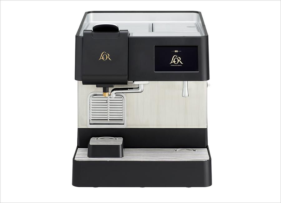 Die L'OR Professional Suprême von Jacobs Professional gibt es in zwei Versionen, wie zum Beispiel in der Schwarzkaffee-Version