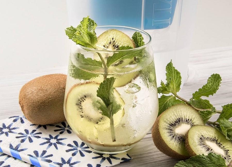 Wasser Cocktail Kiwi Minze