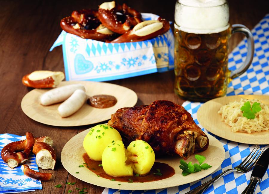 Papstar Oktoberfest Deko Tischdecken Teller Servietten