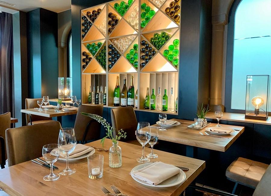 Restaurant Elies Seehotel Niedernberg
