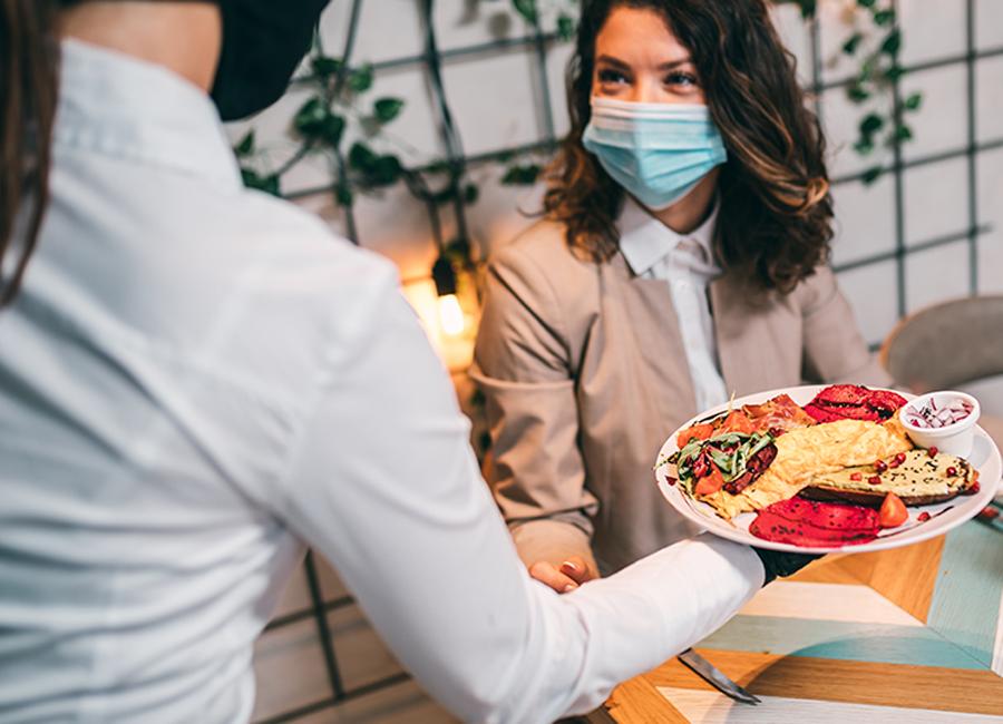 Digitale Lösungen, wie die von der Precom Group, sollen Restaurantbesuche während und auch nach der Pandemie erleichtern