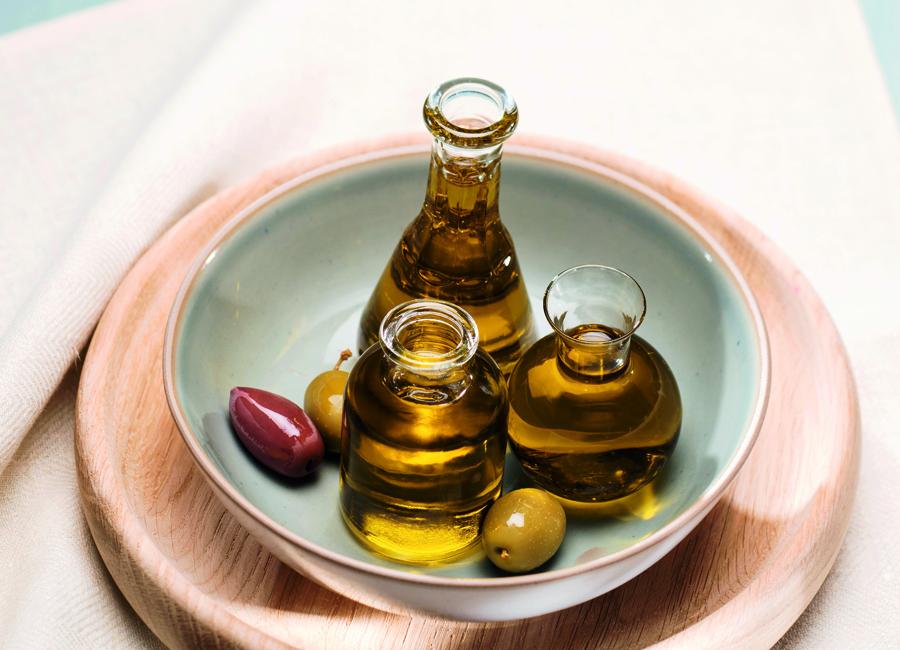 Die Nativ-Oliven-Öle Extra von Wiberg gibt es in verschiedenen Sorten, angelehnt an die italienische, griechische und spanische Küche